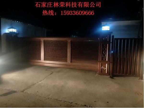 悬浮门(夜拍实景)
